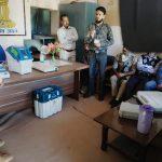 मतदान केन्द्रों पर दी ईवीएम व वीवीपैट की जानकारी